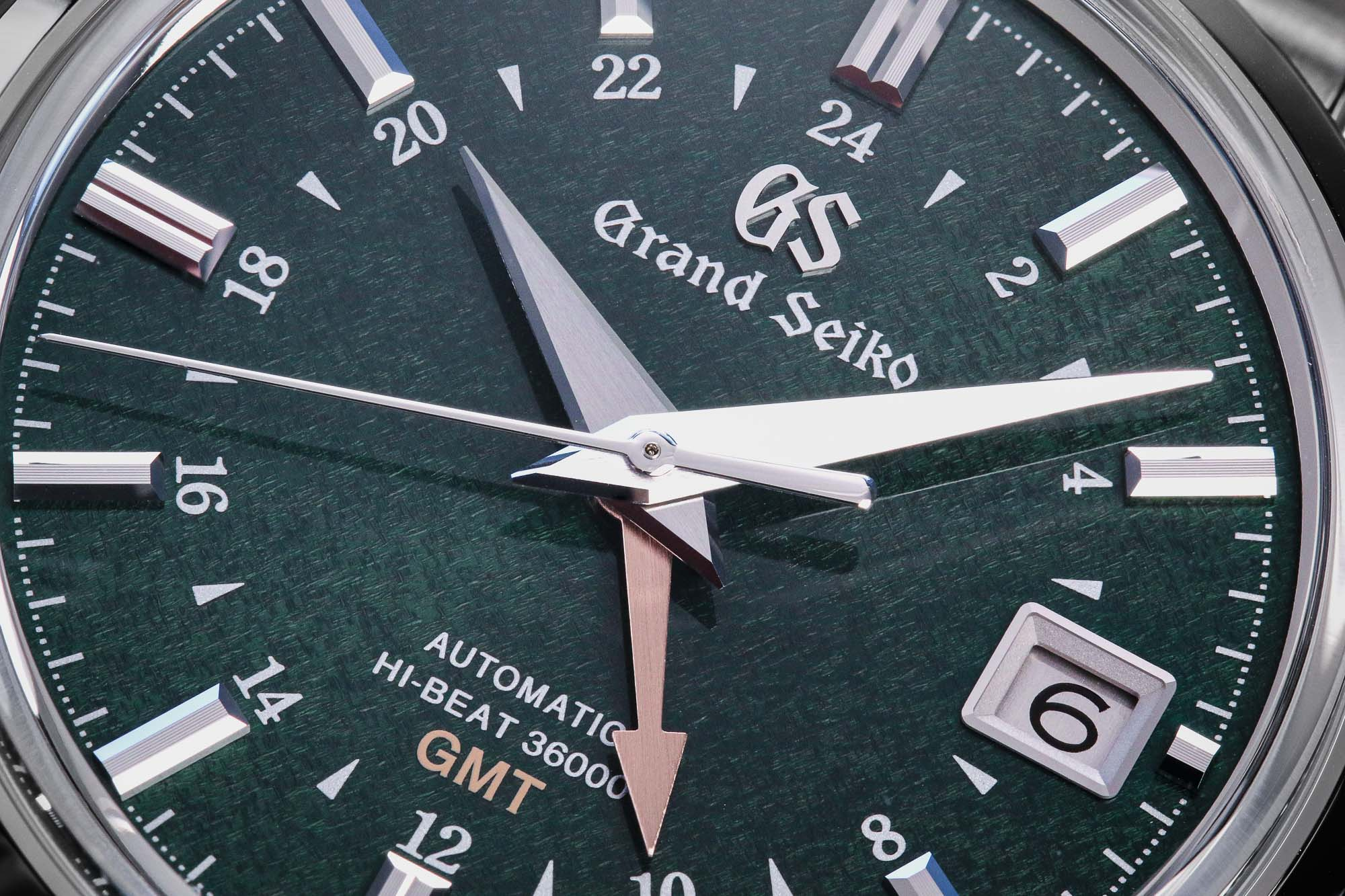 Grand Seiko SBGJ251 green dial detail macro
