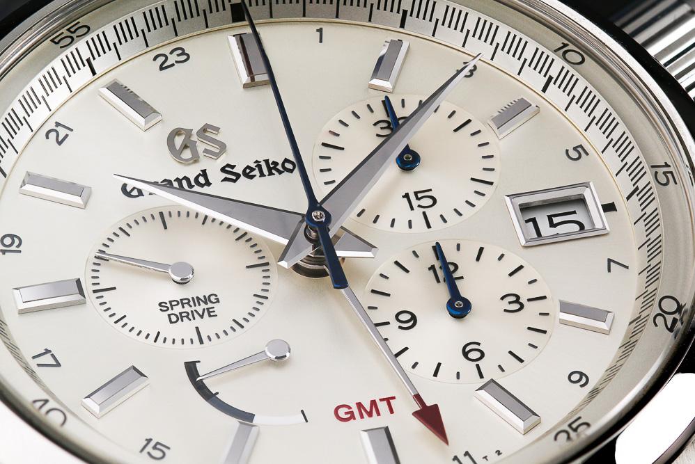 Champagne colored dial of Grand Seiko SBGC201.