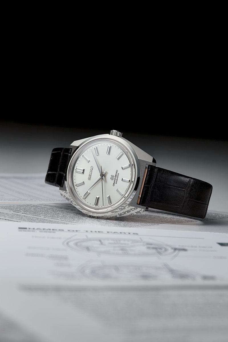 Grand Seiko 44GS Vintage Watches Zaratsu Polishing Reflection