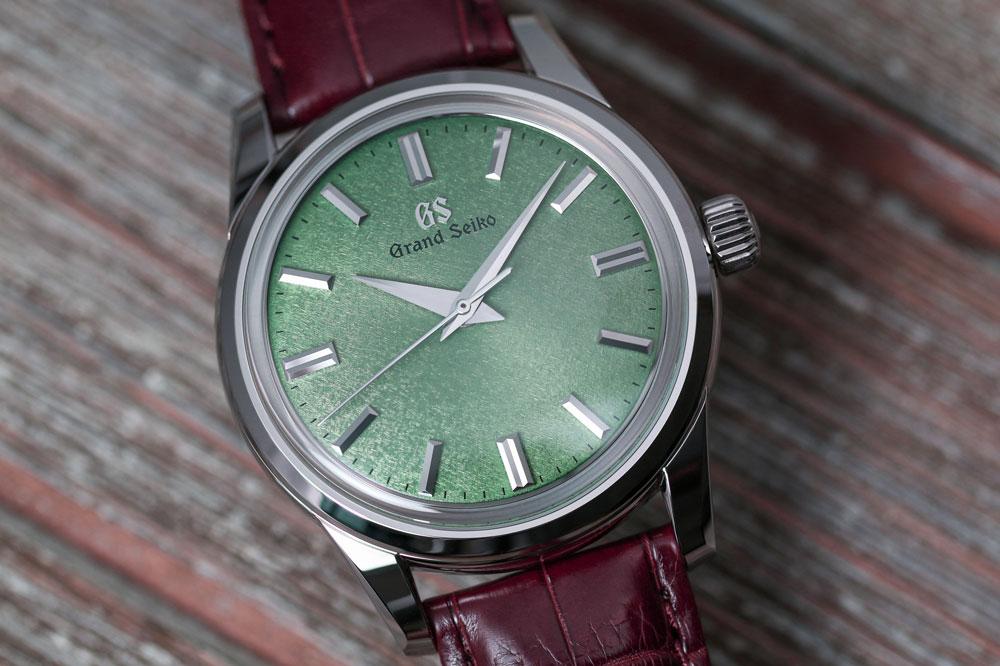 Green dial of Grand Seiko SBGW277 watch.